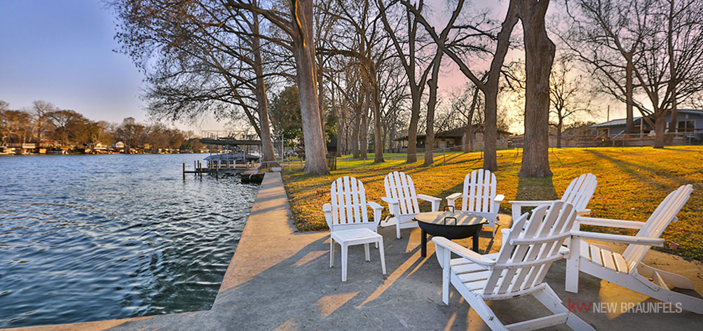 everything-you-need-to-know-about-buying-waterfront-property